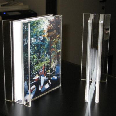 espositore-plexiglas-laurin-ttsolution-bolzano-gallery-01
